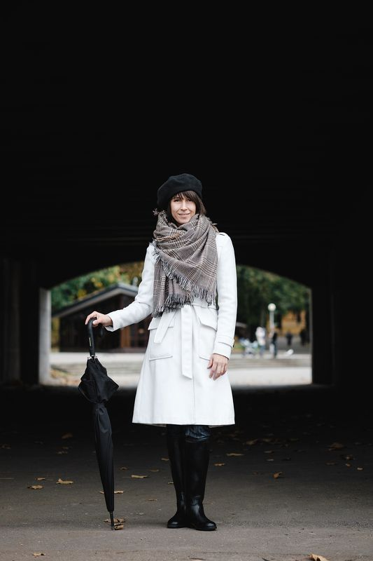 девушка портрет модель осень зонт annromanovska girl portrait beautiful model autumn  Вераphoto preview