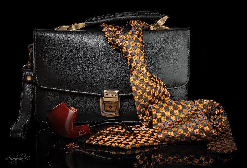натюрморт,галстук,мужской,трубка,табак Мужской натюрмортphoto preview
