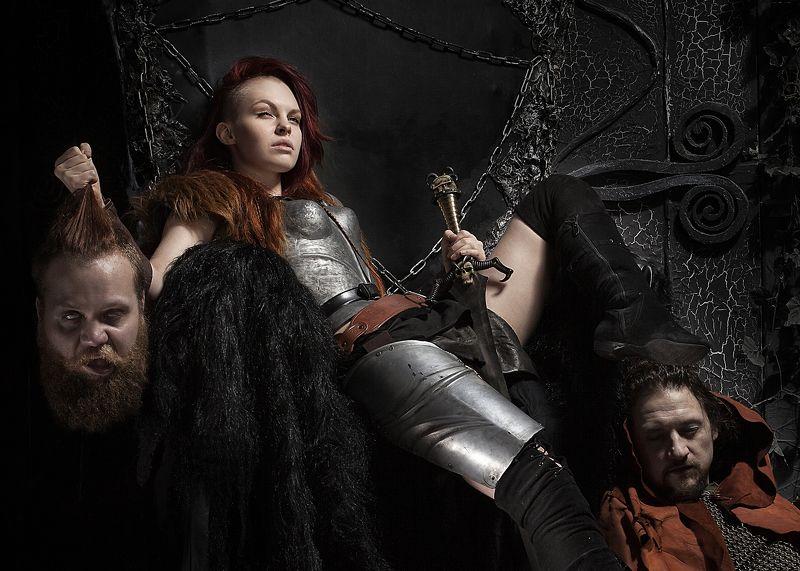 голова фэнтези меч девушка олоферн юдифь А что они, как эти...photo preview