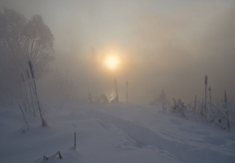 утро рассвет зима холод косая гора озеро горячка Студёное утроphoto preview
