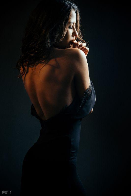 Biocity, Model, Девушка, Модель, Портрет silhouette and riddlesphoto preview