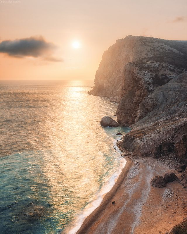 крым, плато карань, васили, балаклава, весна, закат Warm Sunsetphoto preview