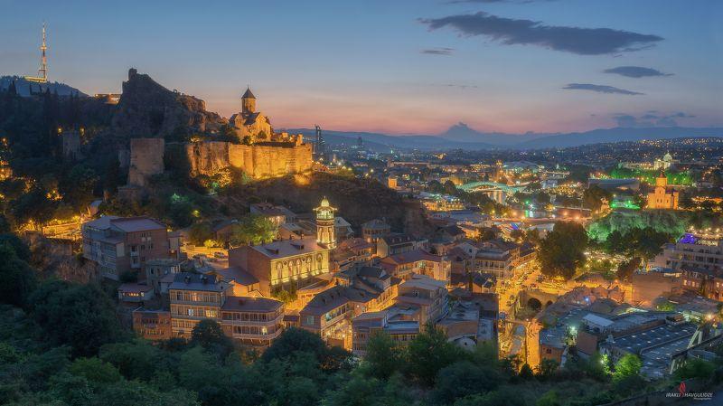 Тбилиси, Грузия, город, церковь, закат, вечер Старый городphoto preview