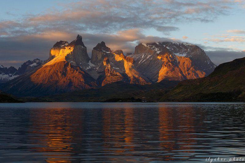 пейзаж, закат, Южная Америка, Патагония, Чили, Торрес дель Пайне, декабрьские закатыphoto preview