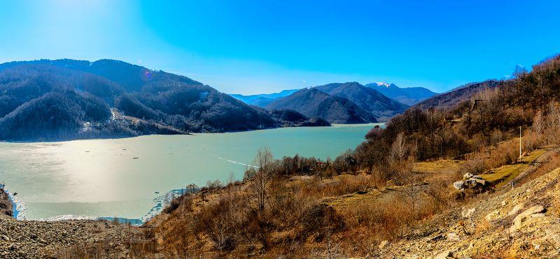 весна, озеро, горы В ожидании весныphoto preview