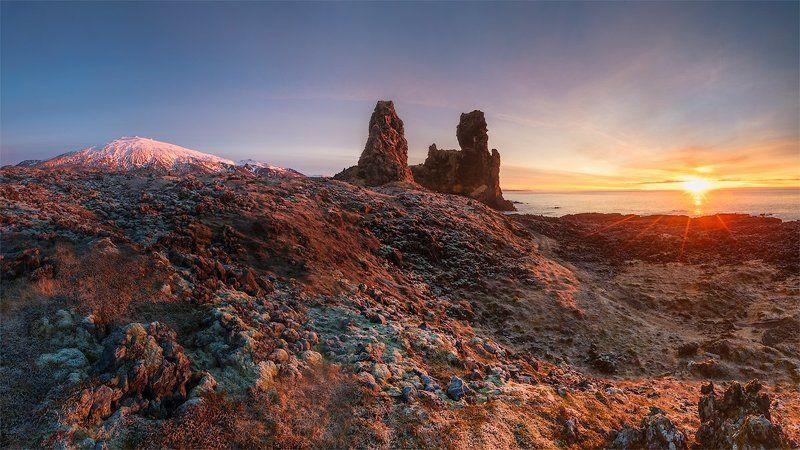 Iceland sunrise light seashore sun Sunrise on Londrangar (panorama) photo preview