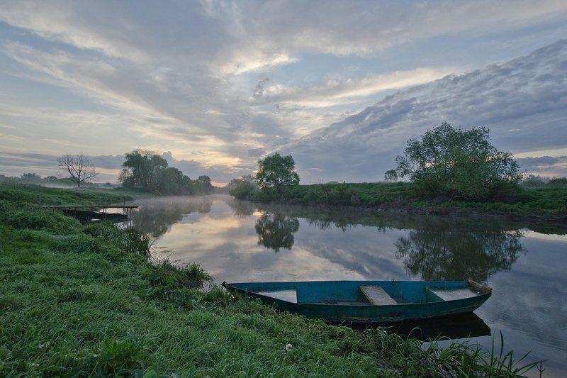 утро пейзаж река упа лодка першино Небесное течениеphoto preview
