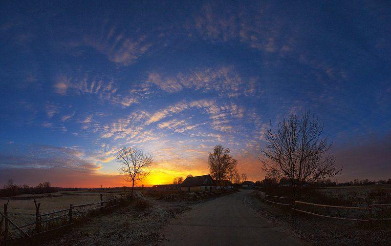 пейзаж,природа,закат,рассвет,небо,осень,утро,деревня,солнце,свет ...photo preview
