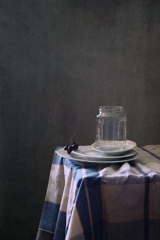 натюрморт, банка, виноград, пустота С пустой банкойphoto preview