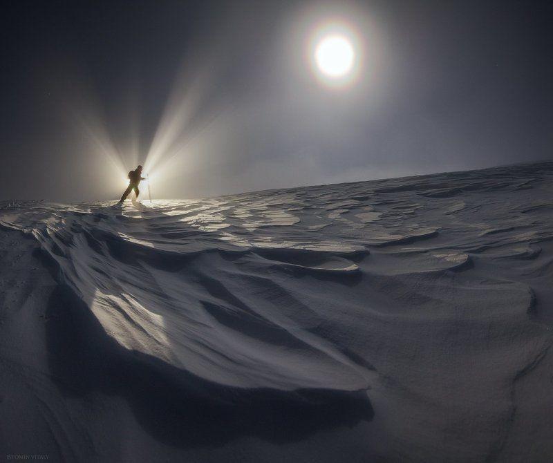 пейзаж,человек,россия,свет,тень,панорама,луна,перспектива Кукисвумчоррphoto preview