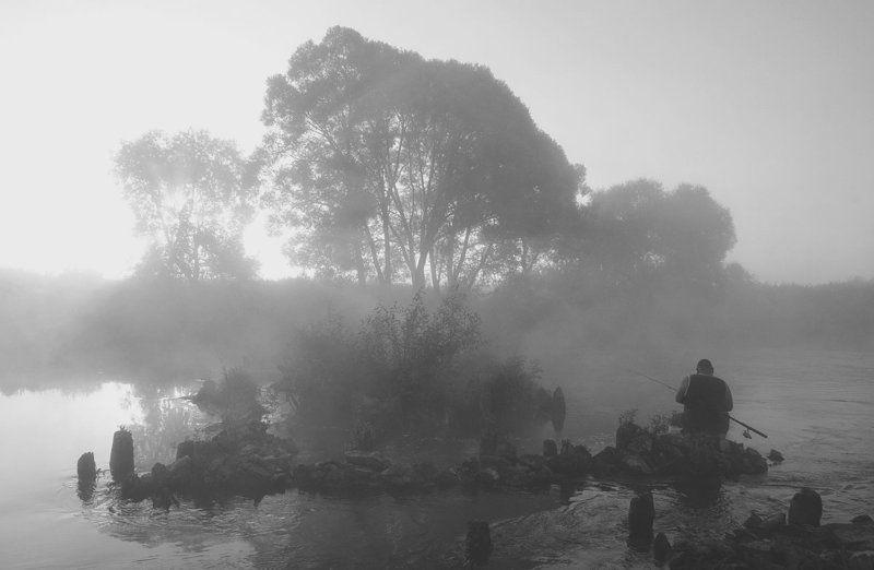 утро река упа рыбак першино В царстве ожиданийphoto preview