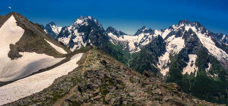 Высоко в горахphoto preview