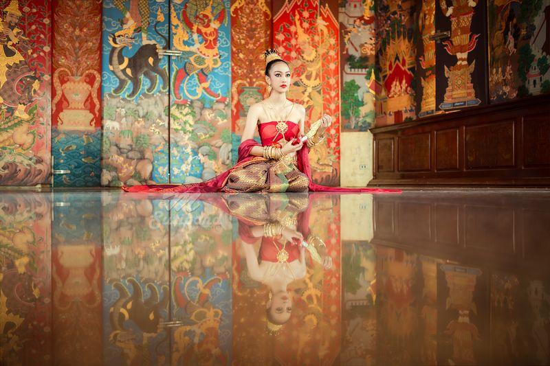 fashion,thai,portrait,culutre, Aordee Traditional thai dressphoto preview