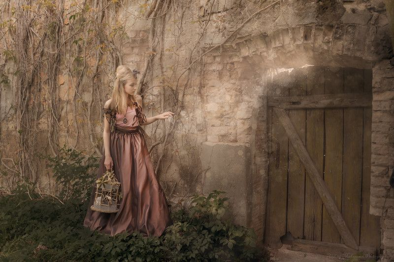 created by photographer : aleksei makarenok, Next Door Fantasy ......................... >>photo preview