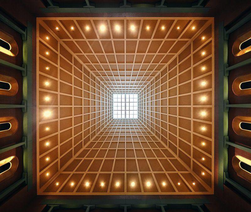 абстракция, центральная симметрия, интерьер, здание, архитектура Порталphoto preview