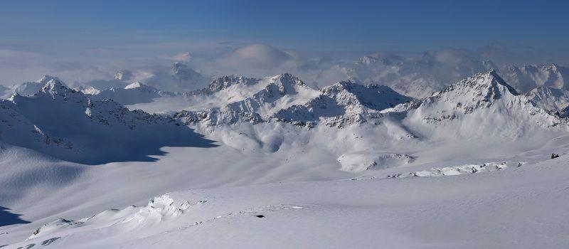 Эльбрус, Главный Кавказский хребет, Азау Пейзаж с галкойphoto preview