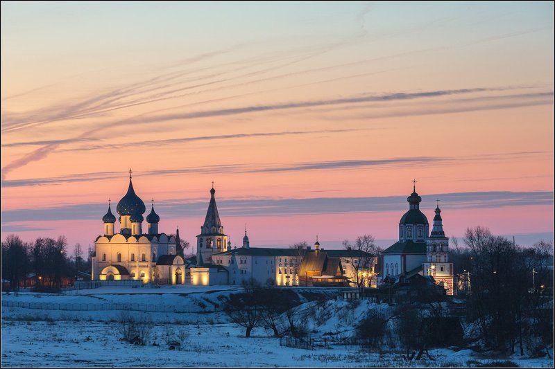россия, владимирская обл, суздаль Полосатое утроphoto preview