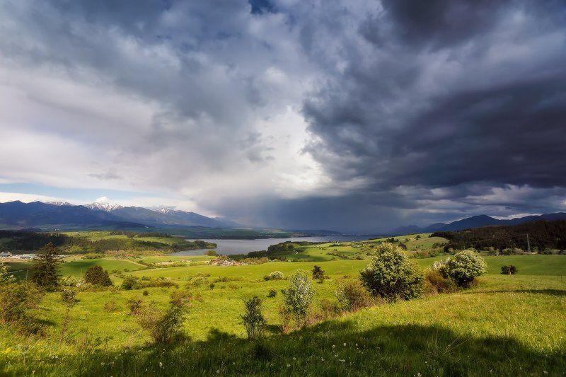 словакия весна май горы татры дождь гроза Словакия. Гроза в начале маяphoto preview