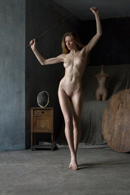 art-nude Этюд со шпагой.photo preview