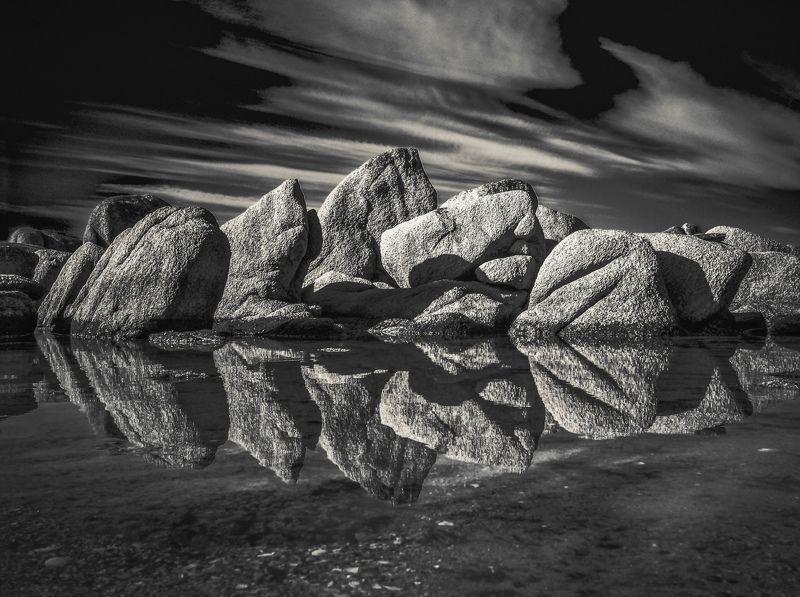 Море, камни, штиль, Приморье, Приморский край Зазеркальеphoto preview