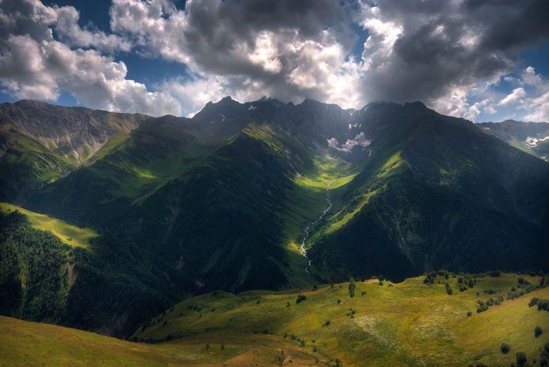 Горы до небесphoto preview