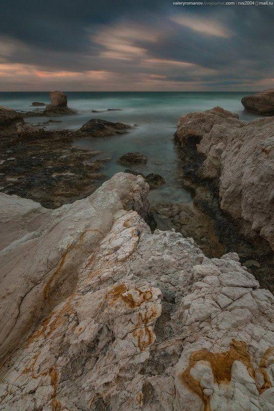 Пейя, Кипр, небо, Восход, море, красота, закат, вода, пляж, путешествия, синие, солнце, свет, облака, побережье, океан, волны, скалы, лето, красивый, зеленый, песок, морской пейзаж, длительная экспозиция, драматический После утреннего дождяphoto preview