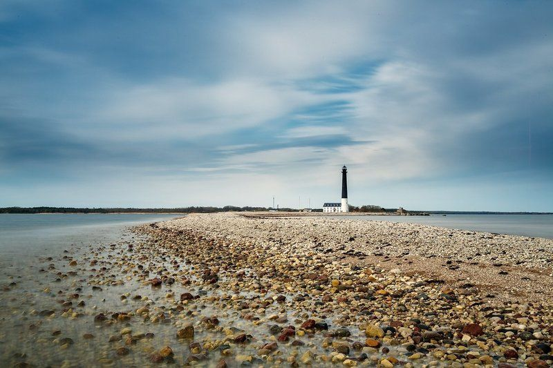 Маяк Сырве (Sõrve tuletorn). Остров Сааремаа, Эстония. Маяк Сырве (Sõrve tuletorn)photo preview