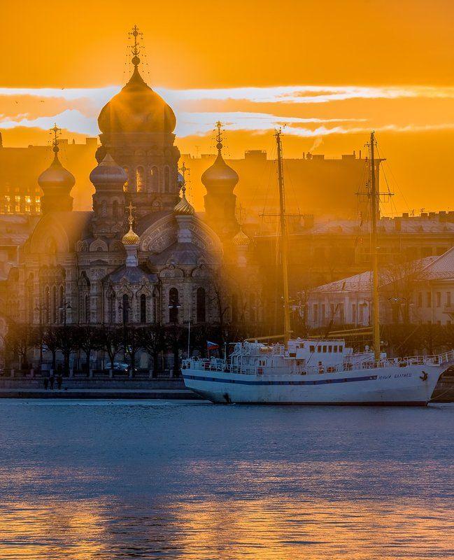 санкт-петербург, успенская церковь, закат, солнце, лучи, чайки, учебное парусно-моторное, судно, \\\