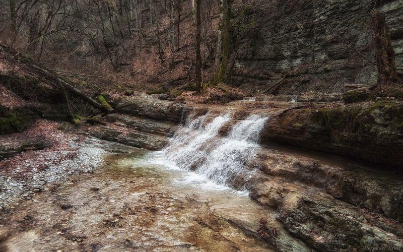 Чистая вода предгорийphoto preview