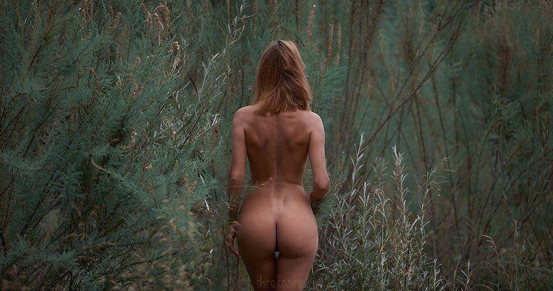 nude, portrait Так мечтала яphoto preview