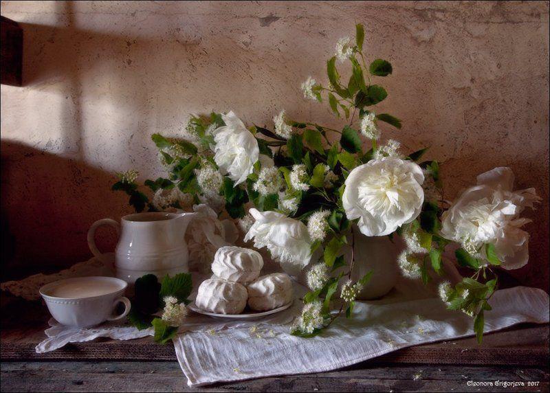 Белые цветы, Вино, Жасмин, Зефир, Лето, Натюрморт, Пионы Предвкушение летаphoto preview