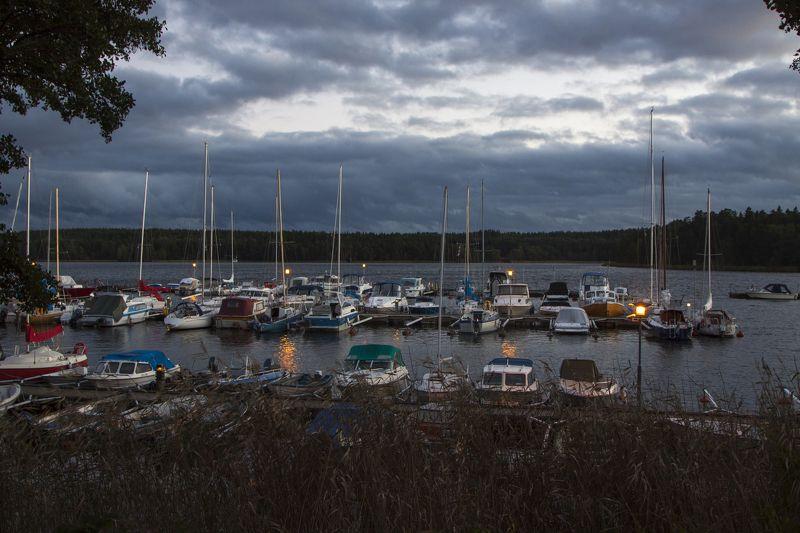 Где спят лодкиphoto preview
