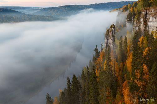 тумана река