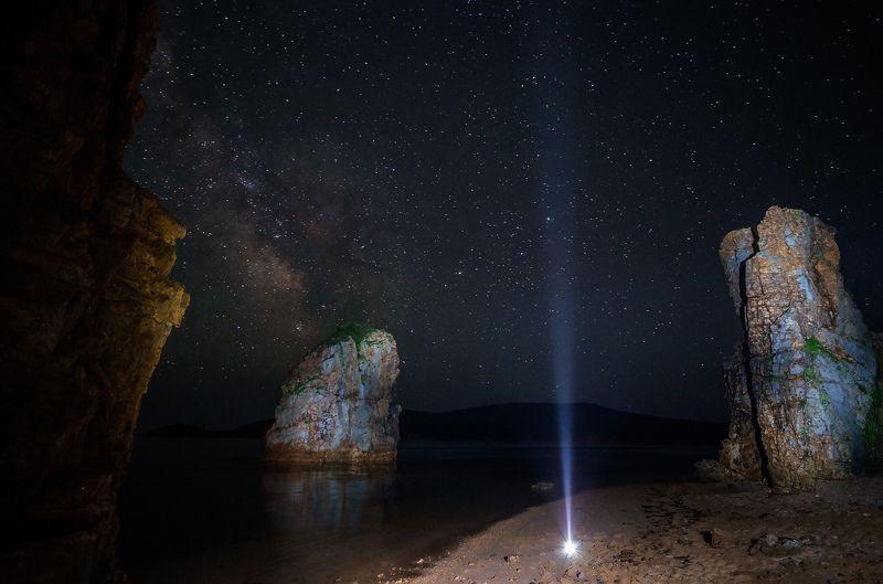 остров Русский, Приморье, Приморский край, ночь, звезды, море Упавшая звездаphoto preview