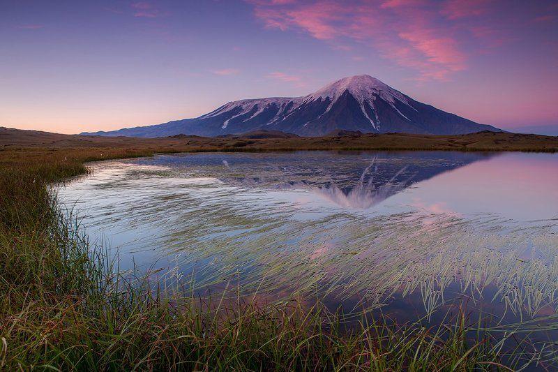 камчатка, вулкан, озеро, природа, пейзаж, путешествие, рассвет Вулкан толбачикphoto preview