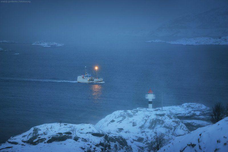 норвегия, лофотены, корабль \