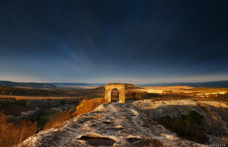 Крым, Кыз-Куле, Девичья башня, закат, предгорья, небеса. Кыз-Куле на закате.photo preview