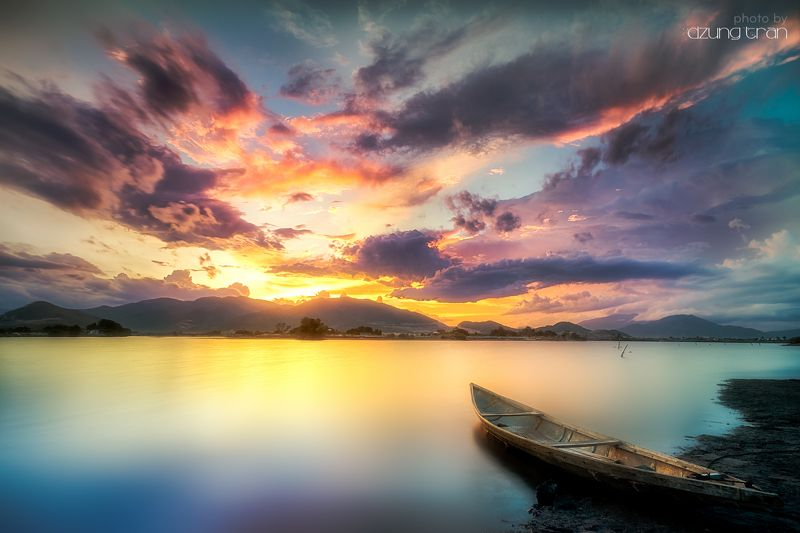 #boat #lonely #colorful #sunset Colorful sunsetphoto preview