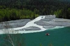 Молочная река, вытекающая из легендарной страны Беловодья.