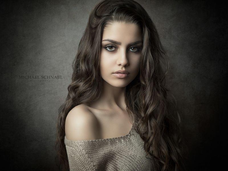 portrait, woman, long hair, fine art portrait, Simonephoto preview