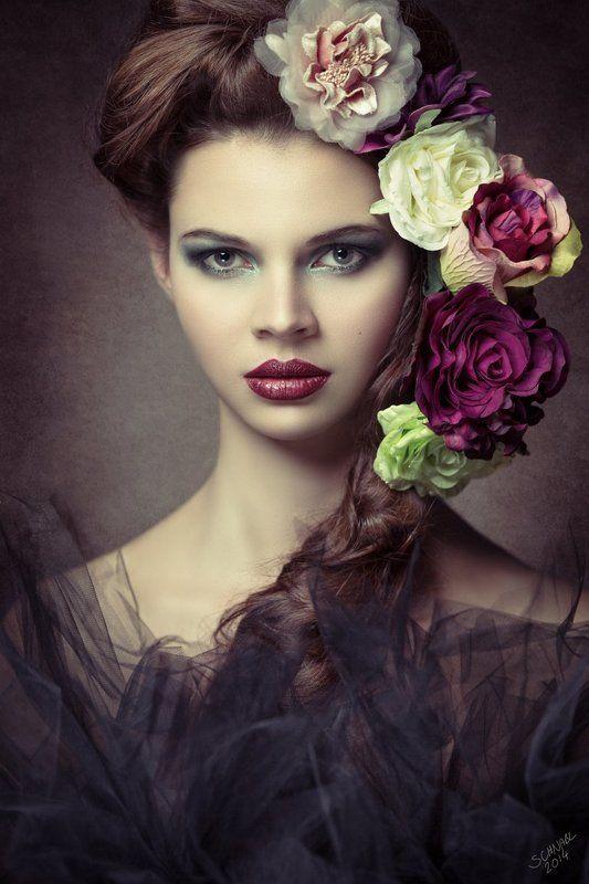 portrait, flowers, woman Alexandraphoto preview