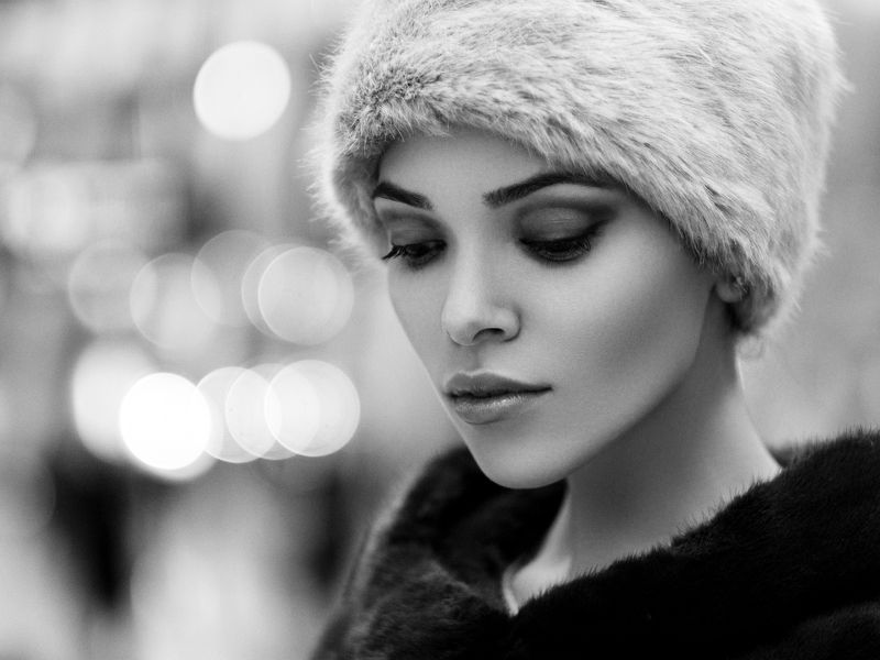 portrait, airport, black and white, natural light departure loungephoto preview