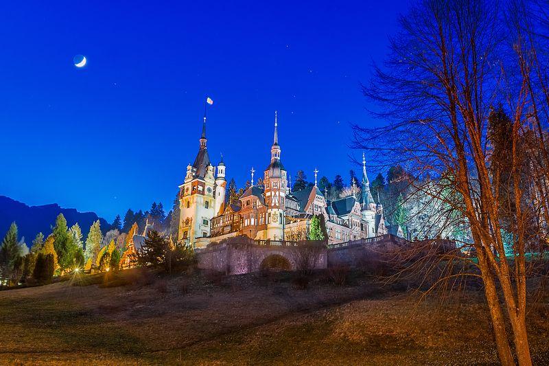 sinaia, peles castle, romania. Румынские сказки - Замок Пелеш.photo preview