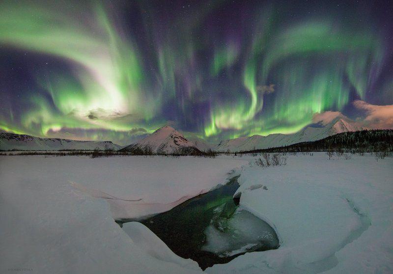 пейзаж,сияние,панорама,свет,река,горы,хибины,россия,ночь,красиво Сияние хибинphoto preview