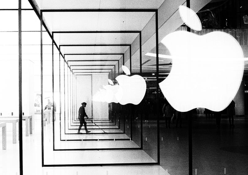 black and white , street , street photography An apple store cleanerphoto preview