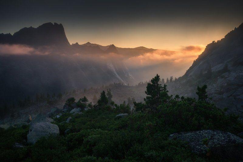 ергаки, горы, саяны, лето, сибирь, рассвет, фототур А Вы хотите увидеть Ергаки такими?photo preview