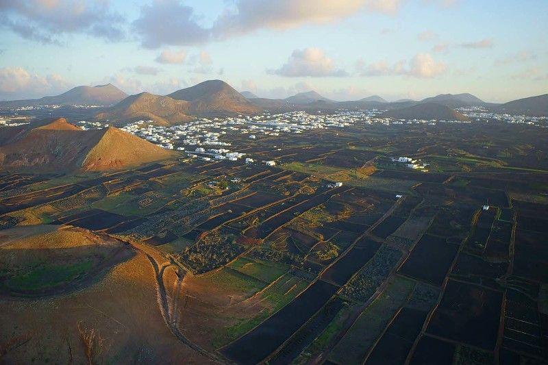 испания, лансароте, канарские острова, канары, вулканы, аэро, aerial Вечерний Лансаротеphoto preview