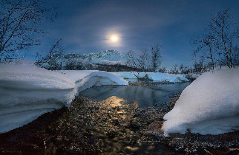 пейзаж,панорама,россия,луна,гало,звезды,сумерки,река,вода,весна,снег Весенние вечераphoto preview