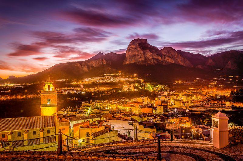 polop de la marina, alicante, spain, night city, city and mountains После закатаphoto preview