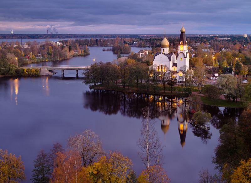 Сестрорецк, Санкт-Петербург, Urban Exploration, церковь, крыша, пейзаж, город, отражение Сестрорецкphoto preview